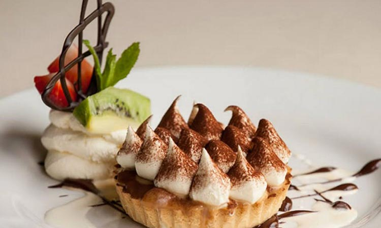 Loch-Ness-Lodge-Hotel-Pibroch-Bar-and-Restaurant-Dessert
